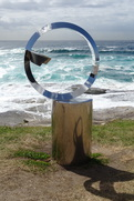 14Nov03-Sculpture_by_the_Sea_Bondi_Tamarama