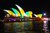 15May28-Vivid Sydney Harbour