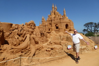 17Jan04-Lands_of_Imagination_Sand_Sculpting_Australia_Frankston